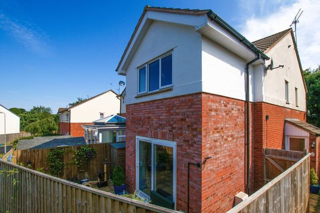 Thumbnail Semi-detached house for sale in Brent Close, Woodbury, Exeter