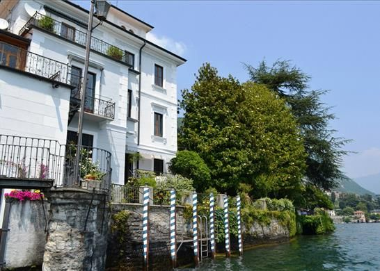 Thumbnail Property for sale in 22010 Moltrasio Co, Italy