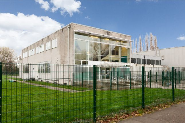 Thumbnail Flat to rent in Harris Aspire Academy, Beckenham