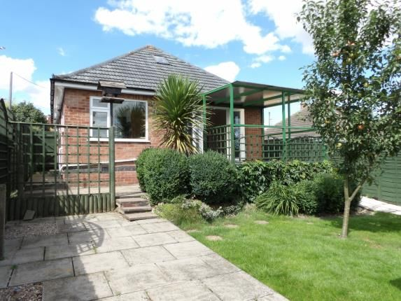 Thumbnail Bungalow for sale in Breadcroft Lane, Barrow Upon Soar, Loughborough, Leicestershire