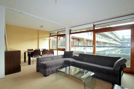 2 bed flat to rent in Speed House, Barbican, London