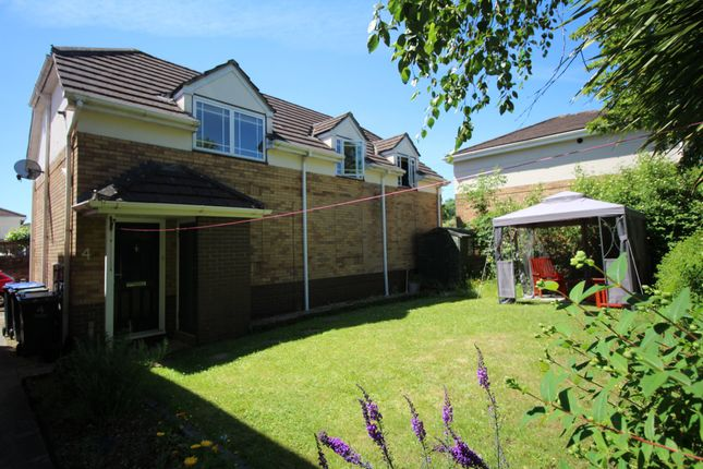 Thumbnail Flat for sale in Beverley Way, Cepen Park South, Chippenham