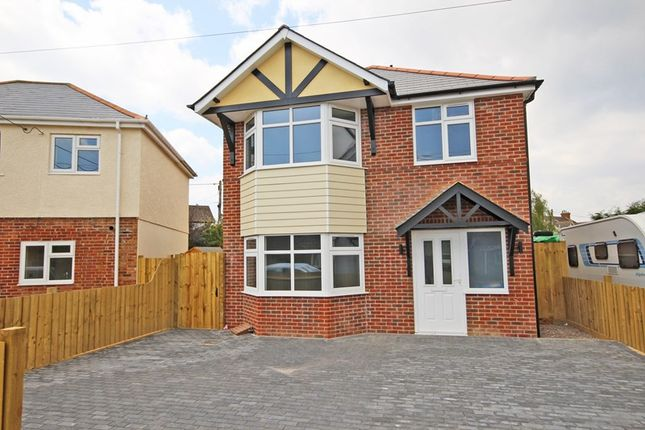 Thumbnail Detached house for sale in Compton Road, New Milton