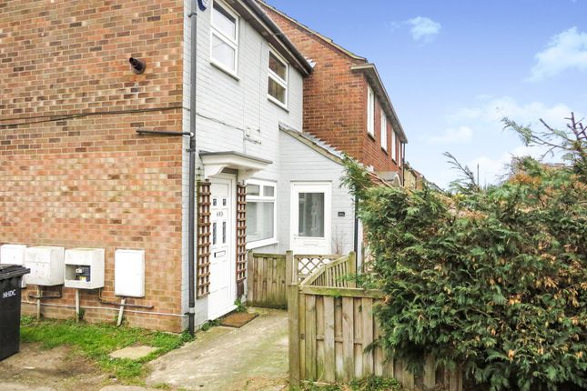 Thumbnail Flat for sale in Westmill Road, Hitchin