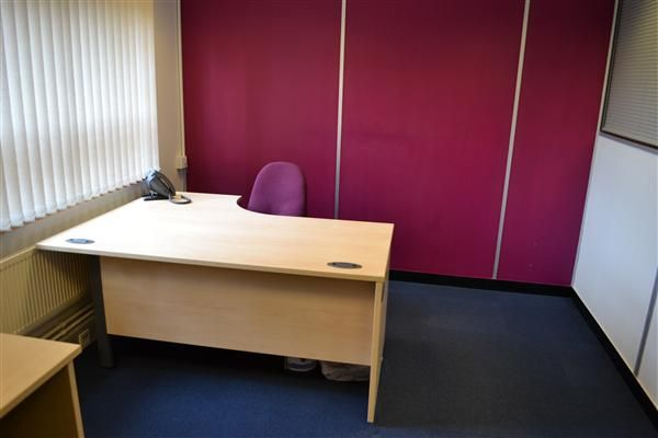 Office to let in Halesfield 8, Offices To-Let Halesfield, Telford