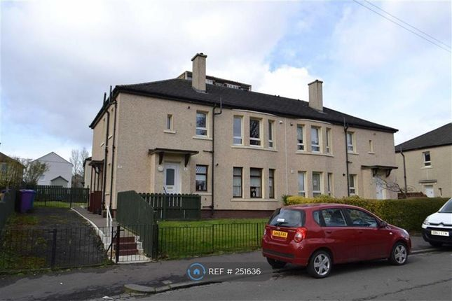 3 bed flat to rent in Cromdale Street, Glasgow