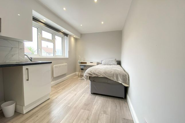5 bed shared accommodation to rent in 1 Shoreham Road, London BR5