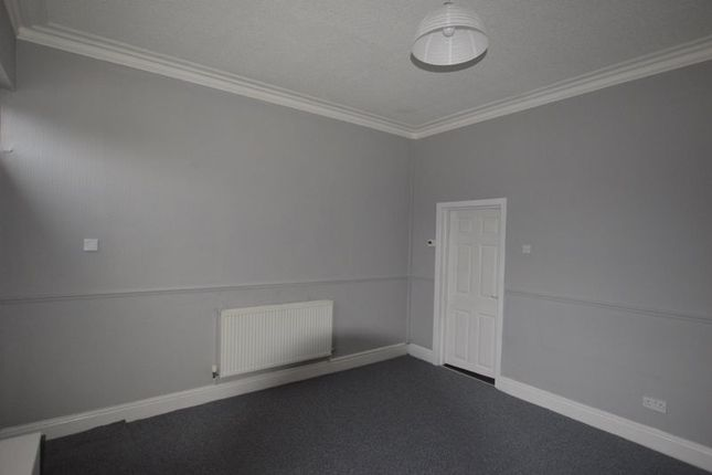 2 bed terraced house to rent in Off Ridge Hill Lane, Stalybridge SK15