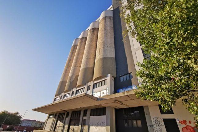 Thumbnail Property for sale in Av. Dr. Manuel Figueira Freire Da Câmara, 2500-184 Caldas Da Rainha, Portugal
