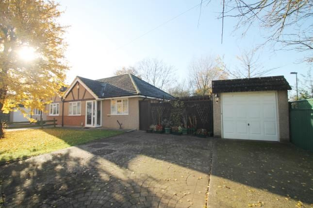 Thumbnail Bungalow for sale in Rutland Drive, Morden, Sutton, Greater London