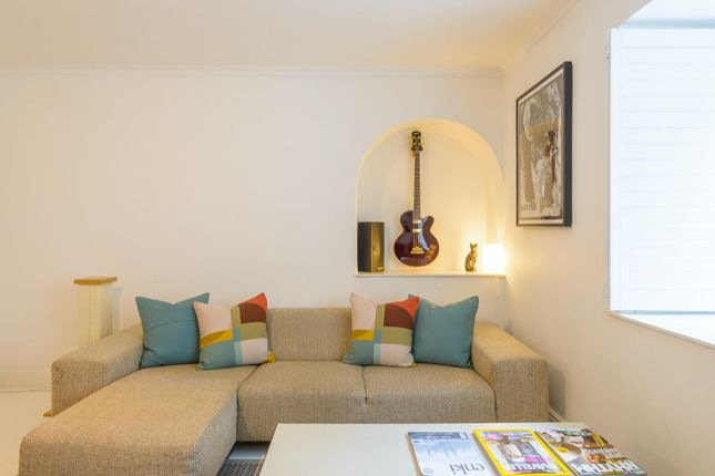 Thumbnail Flat for sale in Buckingham Place, Clifton, Bristol