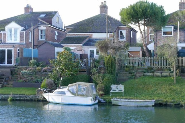 Thumbnail Cottage for sale in Purton, Berkeley