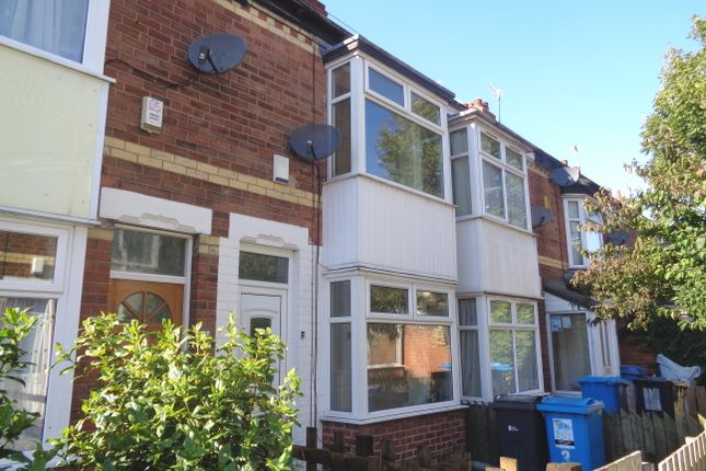 Terraced house to rent in Chatham Avenue, Manvers Street, Hull