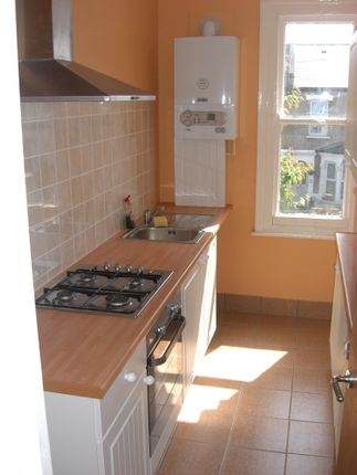 Thumbnail Flat to rent in Harper Mews, Plum Lane, London