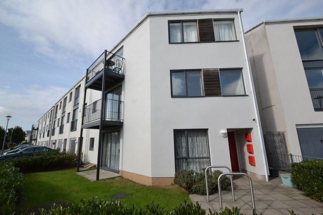 Thumbnail Flat to rent in Pennant Place, Portishead, Bristol
