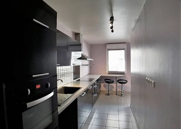 Thumbnail Apartment For Sale In 91300, Massy, Fr