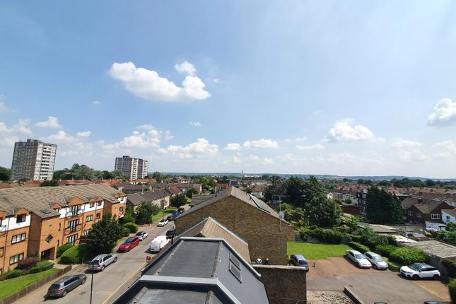 Thumbnail End terrace house to rent in Ingersoll Road, Enfield
