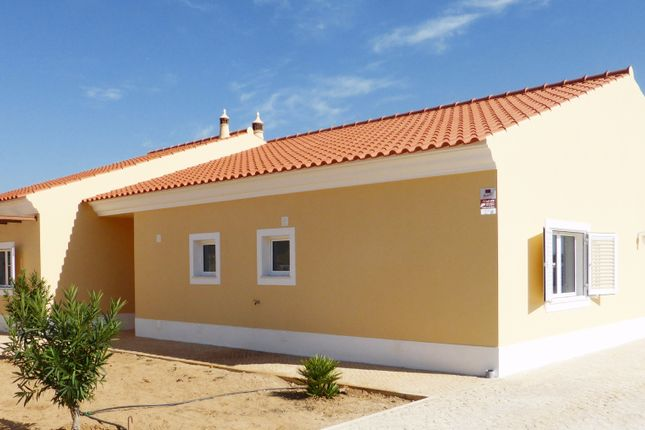 4 bed villa for sale in Alcantarilha, Silves, Portugal