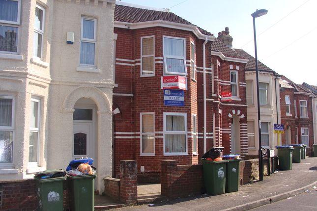 Thumbnail Terraced house to rent in Tennyson Road, Southampton