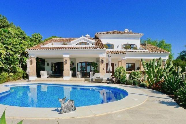 Thumbnail Villa for sale in Urb. El Rosario, 408, 29604 Marbella, Málaga, Spain