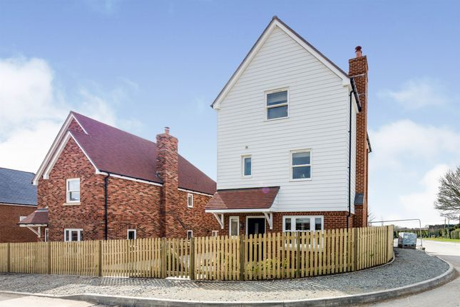 4 bed detached house for sale in The Laurels, Littlebourne, Canterbury CT3