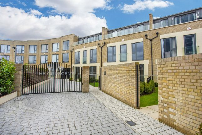Thumbnail End terrace house to rent in The Crescent, Gunnersbury Mews, Chiswick