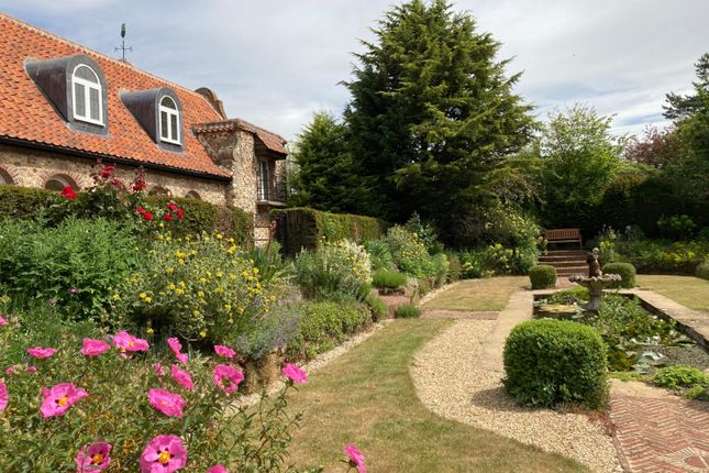 Picture No. 96 of Appletree House, Brancaster, Norfolk PE31