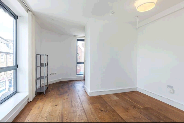 Thumbnail Flat to rent in Hanbury Street Shoreditch, London, London