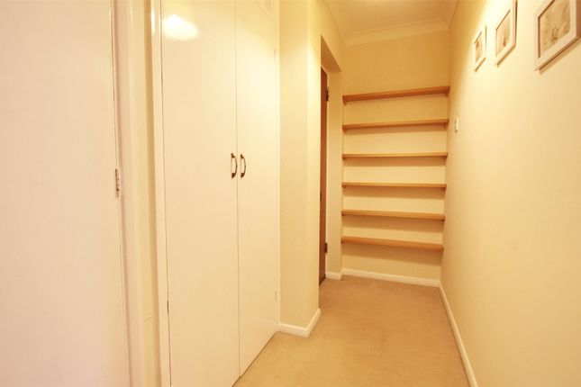 Picture No. 08 of Harris Close, Enfield, Middlesex EN2