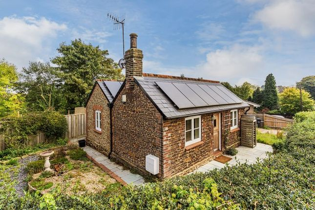 Thumbnail Bungalow for sale in Common Road, Redhill