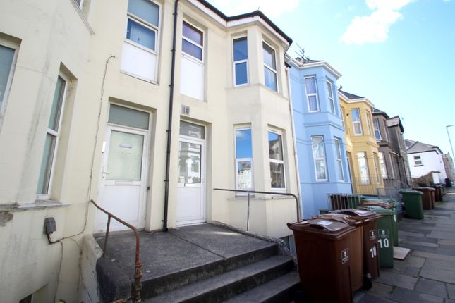 Thumbnail Flat to rent in Ashford Road, Mutley, Plymouth
