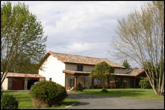 Thumbnail Property for sale in Montpon-Menesterol, Aube, France