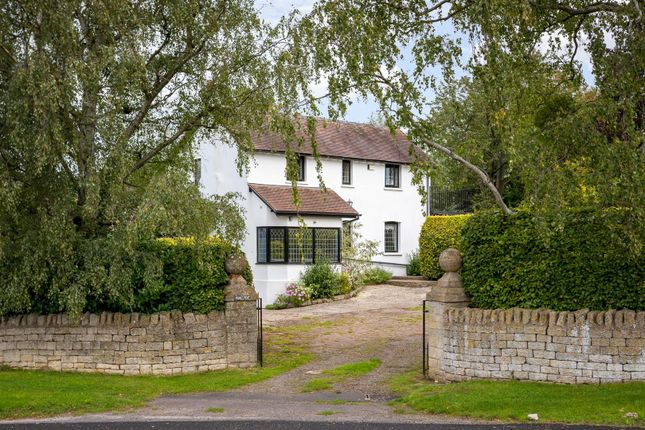 Thumbnail Detached house for sale in Southam Lane, Southam, Cheltenham