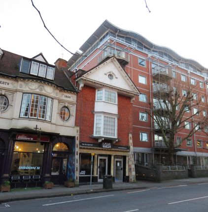 Thumbnail Flat to rent in Merchants Row, Caledonian Road, Bristol