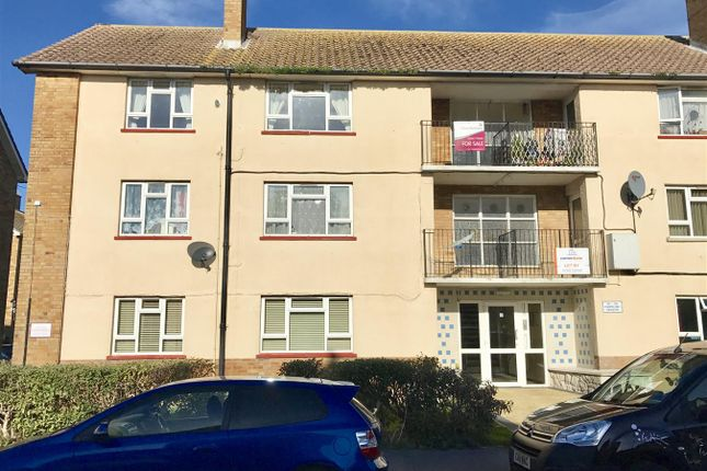 Thumbnail Flat to rent in Chapelhay Heights, Rodwell, Close To Town