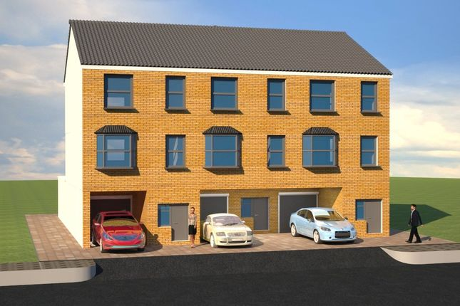 Thumbnail End terrace house for sale in Dale Street, Chatham, Kent
