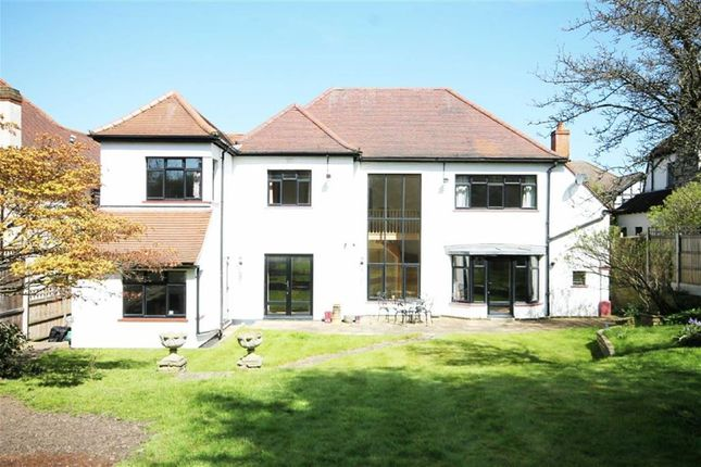 Thumbnail Detached house to rent in Woodside Road, Woodford Green