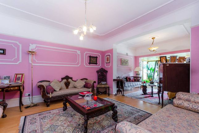 Thumbnail Property to rent in Dollis Park, Finchley