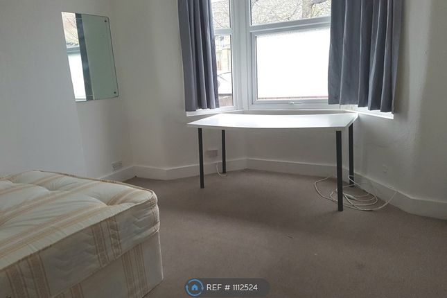 Room to rent in Arnold Road, Seven Sisters