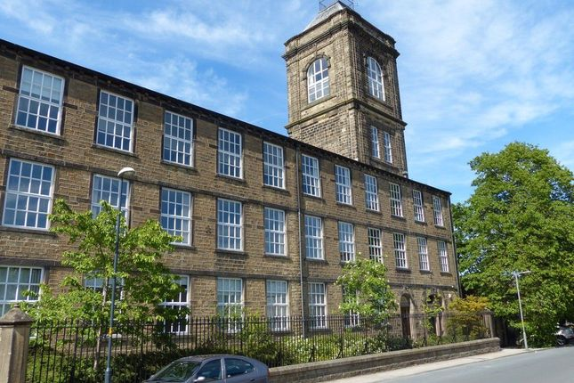 3 bed flat for sale in West Road, Carleton, Skipton BD23