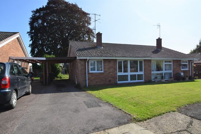 Thumbnail Bungalow for sale in White House Park, Cainscross, Stroud