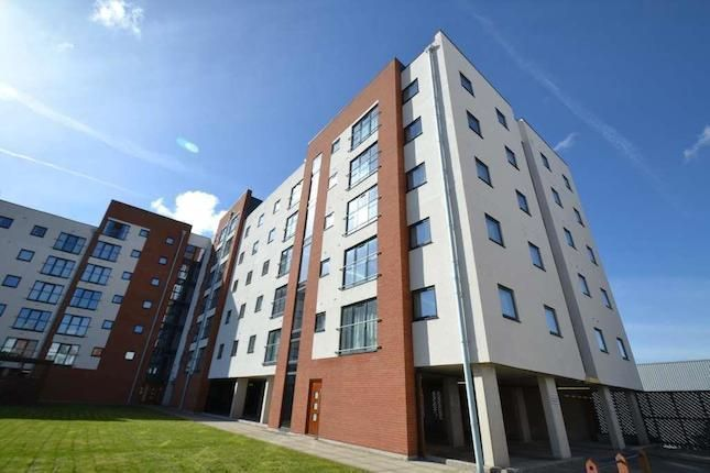 Thumbnail Flat to rent in Ladywell Point, Pilgrims Way, Salford