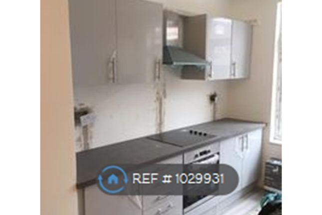 2 bed maisonette to rent in Pinner Road, Harrow HA1