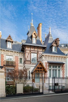 Thumbnail Villa for sale in Paris 16, Ile De France, Paris, France