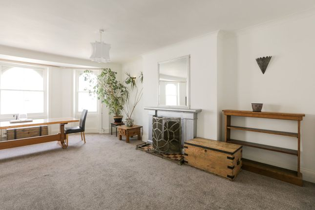 Thumbnail Maisonette to rent in Chesham Place, Brighton, East Sussex