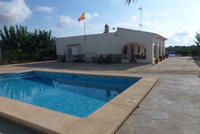 Thumbnail Country house for sale in Aspe, Alicante, Valencia, Spain