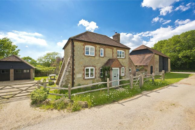 2 bed detached house to rent in Pipers Lane, Northchapel, Petworth, West Sussex GU28