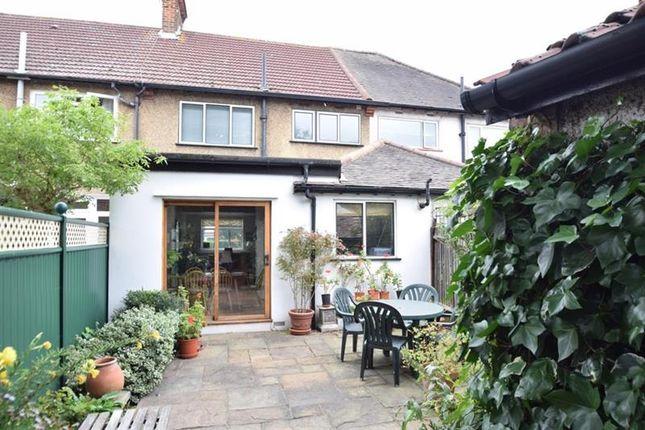 Photo of Princes Avenue, Gunnersbury Park Estate, Acton, London W3