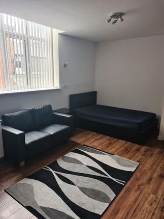 Thumbnail Studio to rent in The Old Post Office, 4 Bishop Street, Leicester