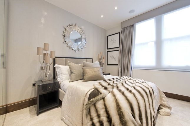 Bedroom of Campden Hill Court, Campden Hill Road, Kensington, London W8